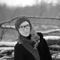 в лесу :: Ирина Миллер