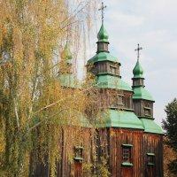 деревянная церковь 19века :: Ирина Мельничук
