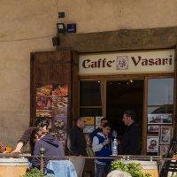 Ареццо. Кафе в галерее Вазари. :: Надежда Лаптева