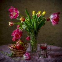 Тюльпаны :: Алексей Строганов