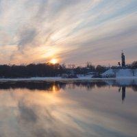 Первые дни весны, но зима еще не уходит... :: Олег Фролов