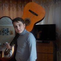 С гитарой :: Ольга