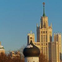 Три шпиля , три эпохи Москвы :: Александр Запылёнов