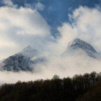 О, как прекрасен этот вид, Величья наших гор! :: Арина Невская