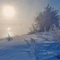 Низкое зимнее солнце :: Анатолий Иргл