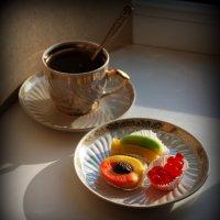 А ну-ка, скорей доставайте конфеты! :: Anna Gornostayeva