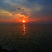 Закат на море. :: Владимир Усачёв