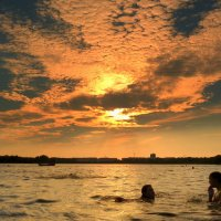 купание на закате :: Александр Прокудин