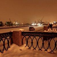 вечер на набережной :: Елена