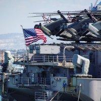 USS Iwo Jima (LHD-7) :: Eddy Eduardo
