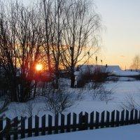 Деревенька на закате... :: Vladimir Perminoff