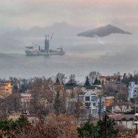 Корабль в бухте :: Сергей Белышев