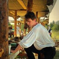 Портрет юноши в костюме ремесленника 17 века :: Наталья Ильина
