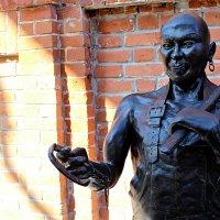 Памятник кузнецам :: Роман Никитин