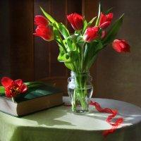 Мартовский этюд с красной лентой :: lady-viola2014 -