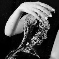 Игры с водой: вода в твоих руках :: Антон Криухов