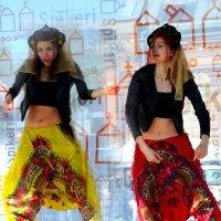 Танец :: Александр Михайлов