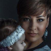 мама с дочкой :: Николай Огуля