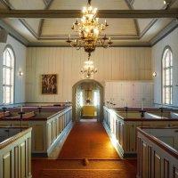 Интерьер лютеранской деревянной церкви в Швеции :: Алексей Саломатов