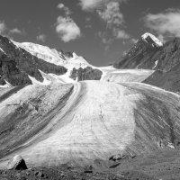 Ледник Большой Актру :: Валерий Михмель