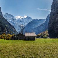 Прогулка по долине :: Владимир Колесников