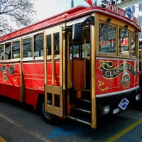 просто туристический автобус :: Александр Корчемный