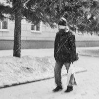 Мартовский снег :: Наталья Новикова