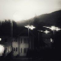 И снова в городке тихий вечер... :: Вера Катан