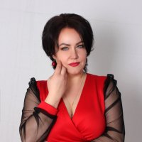 Дама в красном :: Светлана Краснова