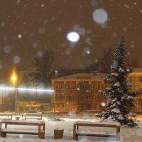 Две скамейки в глубоком снегу зимой :: Виктория Невская