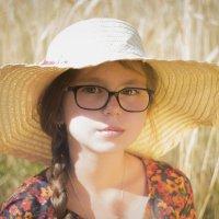 Юность всегда мила :: Оксана Задвинская