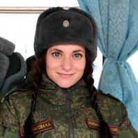 Военнослужащая :: Марина Таврова