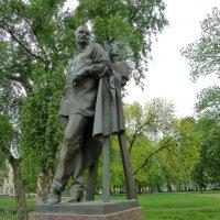 Памятник Петру Карловичу Клодту :: Наталья Т