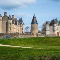 замок Монпупон (chateau de Montpoupon) :: Георгий