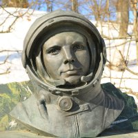 Боровск,памятник Гагарину :: ninell nikitina