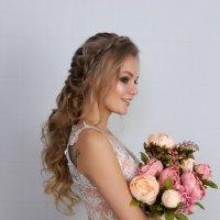 Невеста с пионами :: Светлана Краснова