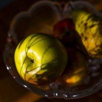 Груши, яблоки :: alteragen Абанин Г.