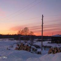 В деревне зимой :: Elena Wise