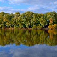 Осень на Москва-реке :: Геннадий