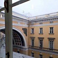 Взгляд из Окна. :: Марина Харченкова