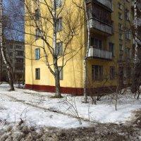 Весна в городе :: Андрей Лукьянов