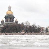 Исаакиевский во льду :: Михаил Почкалов-Семченков
