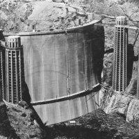 Строительство уникальной плотины Гувера (1930-е, США) :: Юрий Поляков