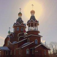 Ореол над храмом в Вербное Воскресение . :: Мила Бовкун
