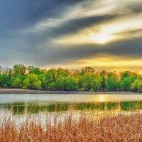 Закат над озером :: Елена