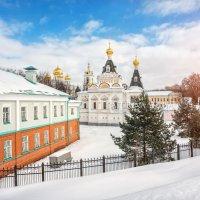 Елизаветинская церковь Дмитровского Кремля :: Юлия Батурина