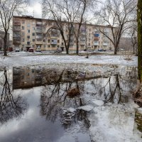 Весна в городе :: Валерий Михмель