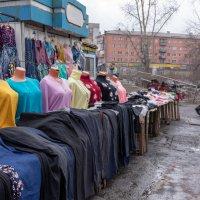 Уличная торговля :: Валерий Михмель