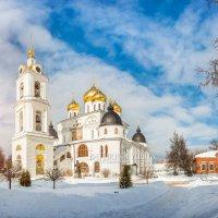 Успенский собор в свете солнца :: Юлия Батурина