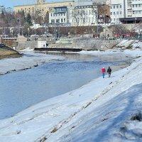 along the river :: Бармалей ин юэй